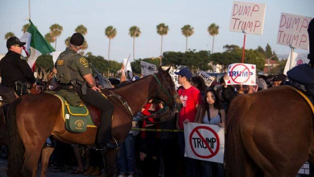 US election 2016: Clashes close to Trump rally in California