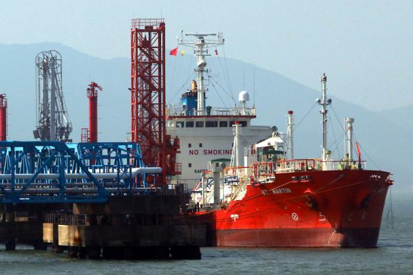 Cheniere strength searching higher after LNG shipments