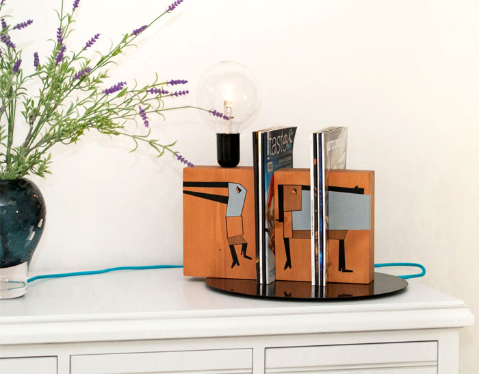 Stand by means of Me Lamp by Tarapera