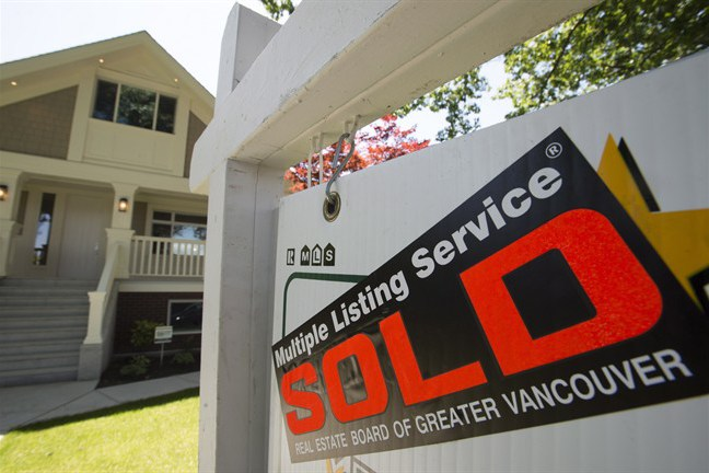 Latest Vancouver real estate numbers show no sign of 'even a mild correction': study