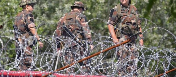 Czechs and Hungarians call for EU army amid security worries