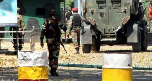 17 soldiers killed in militant attack in Uri